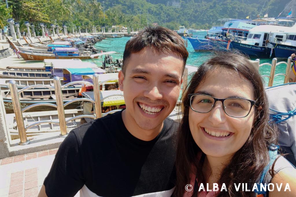 Recién llegados a las islas Phi Phi después de estar en el hospital - Tailandia - Viajar - Blog de Alba Vilanova