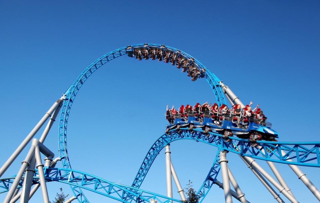 La atracción Blue Fire del parque temático Europa Park @ Europa Park - Alemania - Viajar - Blog de Alba Vilanova